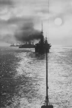 Best War Movies of 1900 : Warships at Sunset